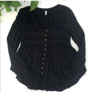 Free People Tops - FREE PEOPLE BLACK L/S BUTTON TOP